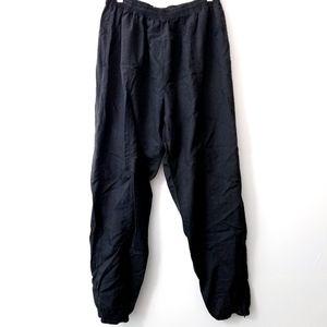 3/$25 Rebook windbreaker pant